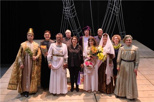 В театре оперы и балета чествовали заслуженного артиста Чувашии Ивана Снигирева