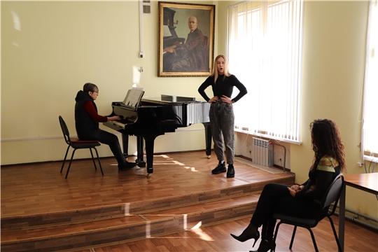 Мастер-класс будущим оперным солистам дала заслуженная артистка России Татьяна Печникова