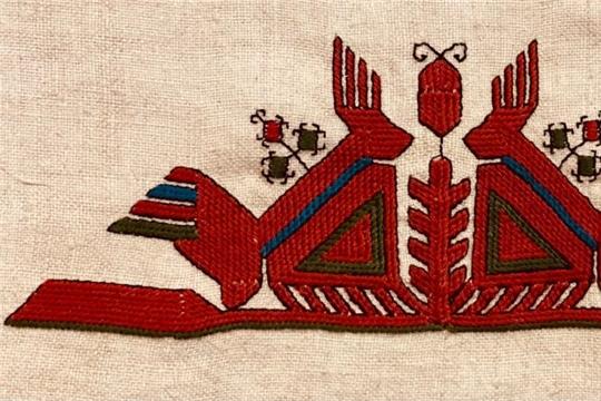 В Доме Дружбы народов открылась первая авторская выставка вышивки и кукол ручной работы мастера Наталии Михайловой из Санкт-Петербурга