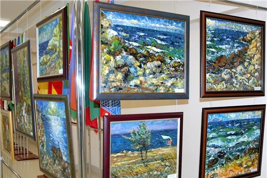 В Доме дружбы стартует выставка «Путешествуя по Крыму»