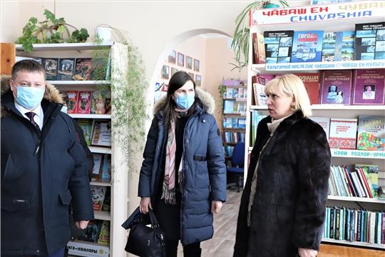 В ближайшее время в библиотеки районов республики поступит первая партия новых книг на чувашском языке