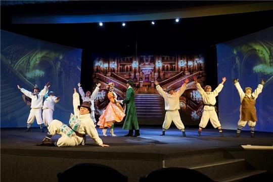 В Чувашском ТЮЗе состоялся просмотр спектаклей-участников конкурса «Узорчатый занавес»