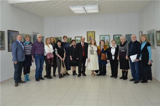 В Чувашском государственном художественном музее открылась выставка, посвященная 10-летию женского пленэра