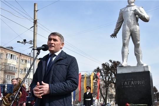 Олег Николаев отметил вклад Чувашии в освоение космоса