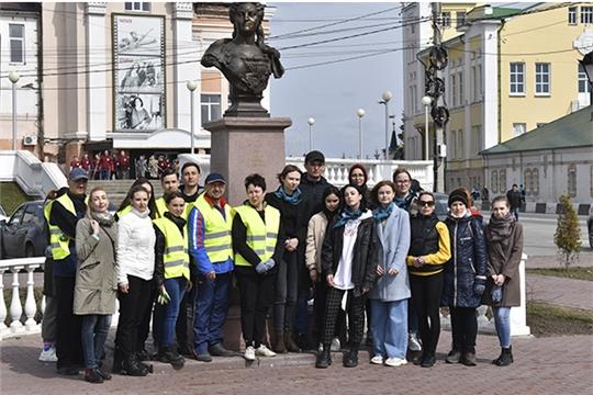 Состоялся субботник, приуроченный к Всероссийскому дню заботы о памятниках истории и культуры