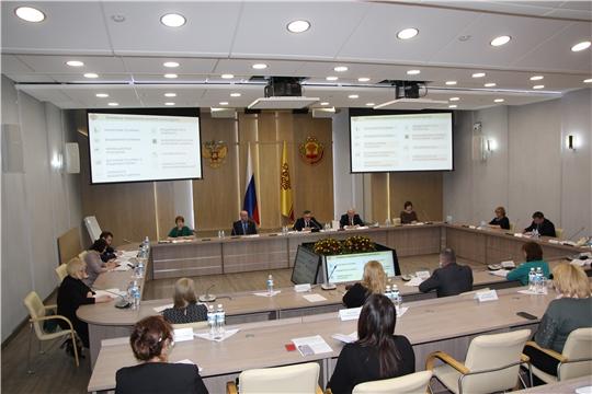 Михаил Ноздряков выступил с отчетом о деятельности  Минфина Чувашии за 2020 год