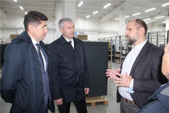 Евгений Герасимов посетил предприятия Цивильского района