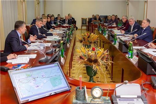 Правительство Чувашии и руководство ГК «Автодор» обсудили вопросы строительства федеральной трассы М-12