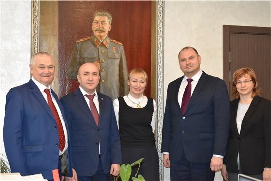 Сергей Артамонов с рабочим визитом побывал на мясокомбинате «Звениговский».