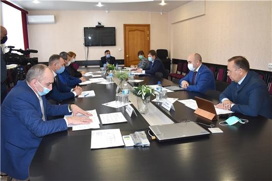 Сергей Артамонов принял участие в приеме граждан у главного федерального инспектора по Чувашии