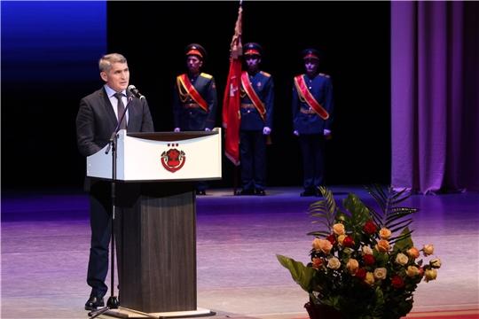 Олег Николаев принял участие в торжественном собрании, посвященном Дню защитника Отечества