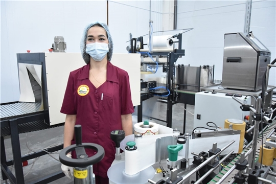 Чувашский сельхозкооператив начал выпускать молоко в «стекле»