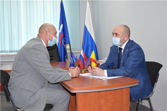Сергей Артамонов провел прием граждан в общественной приемной партии «Единая Россия»