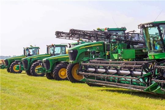С начала года аграриями Чувашии приобретено 323 единицы сельскохозяйственной техники.