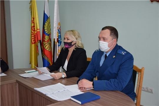 В Чебоксарах с представителями силовых структур обсудили профилактику бесконтактного мошенничества