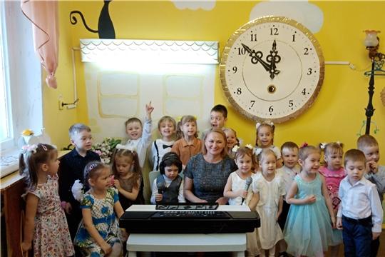 Известный теле- и радиоведущий Чувашии Валентина Михайлова провела мастер-класс для детей