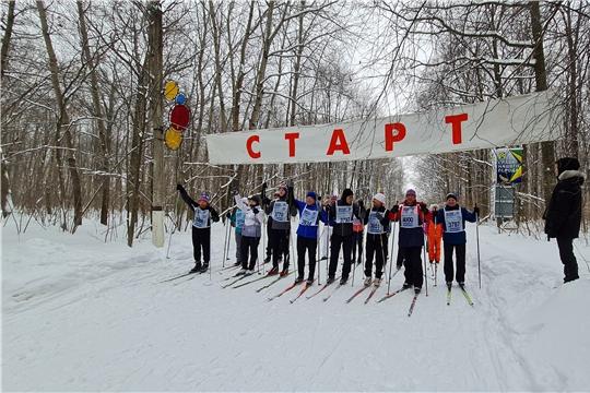 Более 4000 новочебоксарцев  вышли на лыжную гонку «Лыжня России- 2021»