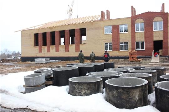 Глава Чувашии проинспектировал строительство школы в деревне Кашмаши
