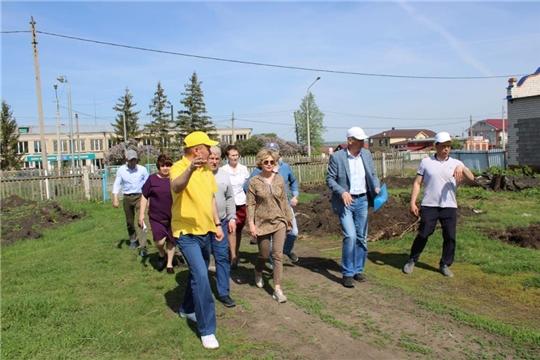 Заместитель министра образования Наталия Скворцова проинспектировала ход строительства пристроя Шыгырданской СОШ №1