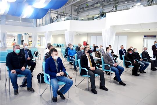 Министр Василий Петров встретился с представителями спортивного сообщества республики