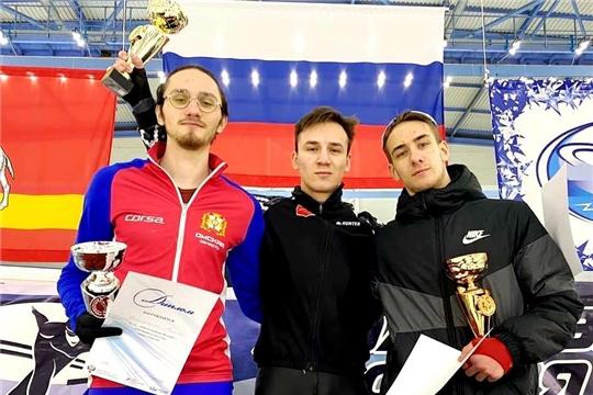 Тимур Карамов одержал победу на Всероссийских соревнованиях по конькобежному спорту