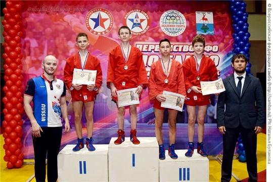 Юные самбисты Чувашии завоевали 10 медалей первенства Поволжья