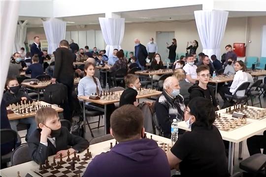 В Чебоксарах проходят всероссийские соревнования по быстрым шахматам