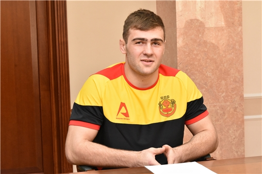 Сергей Козырев выступит на чемпионате Европы по спортивной борьбе в Варшаве