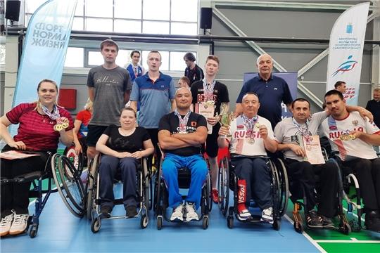 Сборная Чувашии по парабадминтону завоевала 19 медалей на чемпионате России в Саратове
