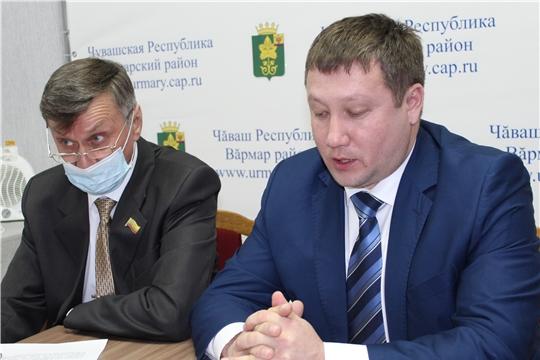 Глава администрации района  Д. Иванов впервые ответил на вопросы жителей в прямом эфире