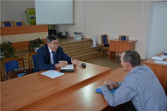 Руководитель градообразующего предприятия района Владимир Свешников провел прием граждан