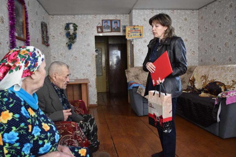 В Калининском сельском поселении чествовали юбиляров семейной жизни