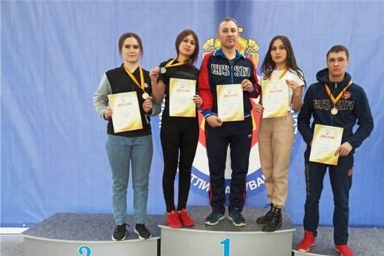 Яльчикская команда заняла третье общекомандное место на Кубке Чувашской Республики по армрестлингу