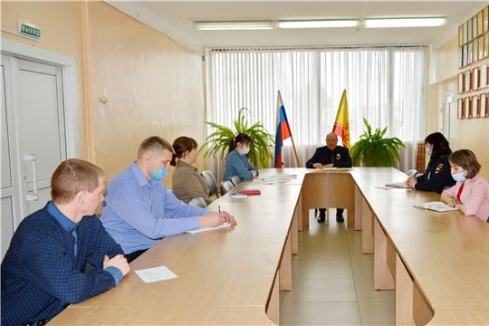 Прошло очередное заседание административной комиссии Яльчикского района