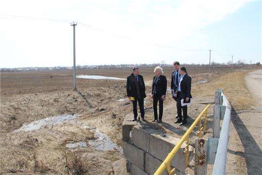 Министр транспорта и дорожного хозяйства Владимир Осипов с рабочим визитом посетил Цивильский район