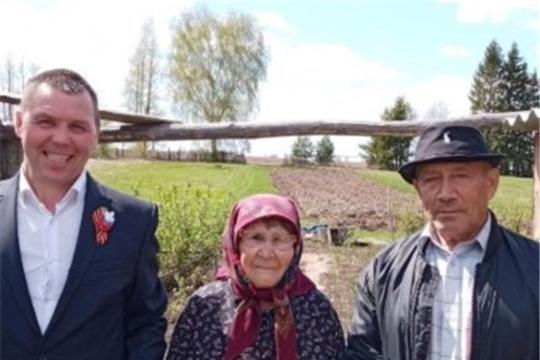 Глава Богатыревского поселения посетил на дому вдов ветеранов Великой Отечественной войны