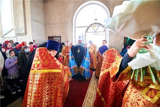 Божественная литургия в Тихвинском Богородицком женском монастыре г. Цивильск