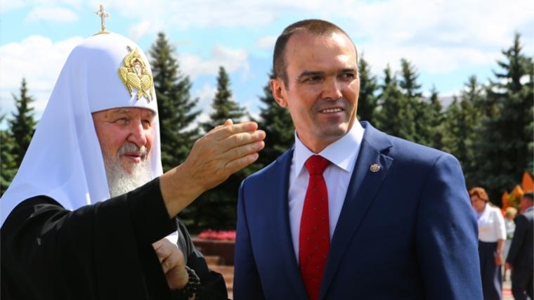 Святейший Патриарх Московский и всея Руси Кирилл возглавил церемонию возложения цветов к Вечному огню