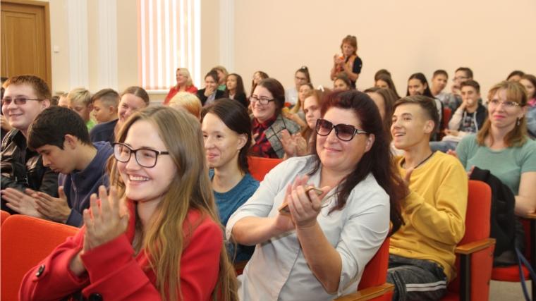 """В Новочебоксарске состоялась """"Школа молодежного актива"""""""