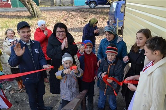 Многодетным семьям из села Новые Айбеси вручили ключи от новых благоустроенных жилых домов