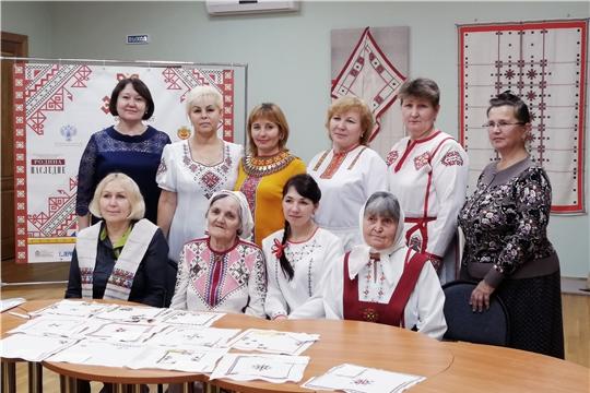 Специалист  музея Вера Степанова приняла участие в фестивале «Орнамент-фест «ЭРЕШ»