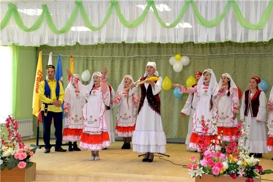 Открытиетворческого сезона в Батыревском районе организовано в обновленном клубе