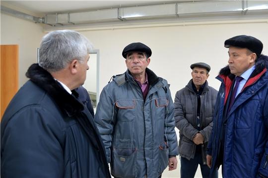 Глава администрации района проинспектировал ход строительства сельского клуба