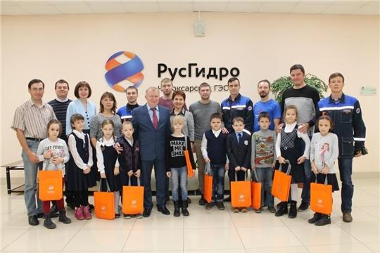 Праздник для первоклассников открыл Марафон энергосбережения #ВместеЯрче  в Новочебоксарске