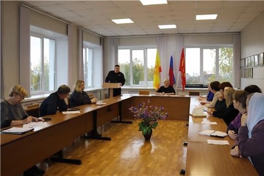 В Алатыре состоялось заседание Совета по делам национальностей и взаимодействию с религиозными объединениями