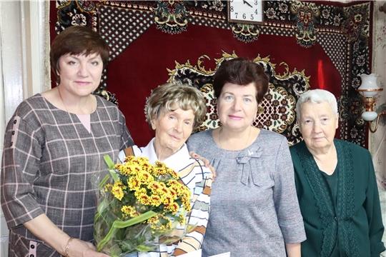 Сегодня 98-ой день рождения отмечает ветеран Великой Отечественной войны, Почётный гражданин города Алатыря Елизавета Николаевна Кочнева