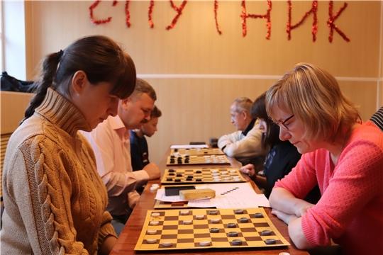 В Алатыре прошли соревнования по шашкам в зачёт Спартакиады трудовых коллективов