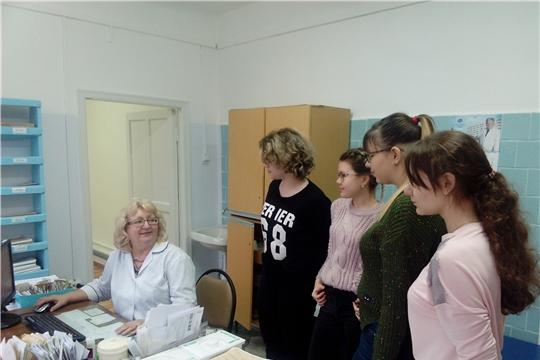 Учащиеся гимназии №6 побывали на экскурсии в Алатырской центральной районной больнице