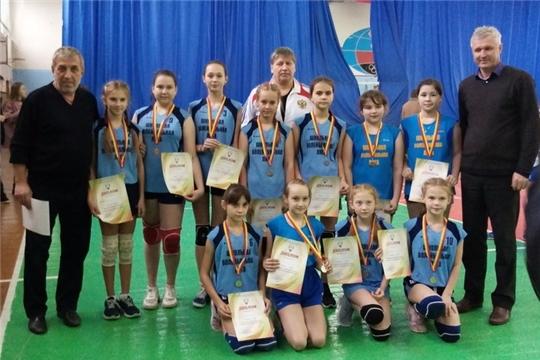Алатырские школьницы – «серебряные» призёры Первенства Чувашии по волейболу