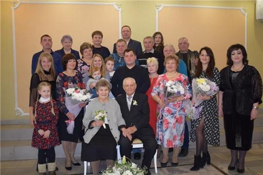 60 лет вместе идут по жизни супруги Хреновы из Алатыря